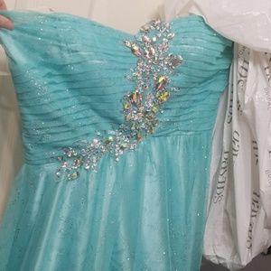 Davids bridal dress from the brand masquerade
